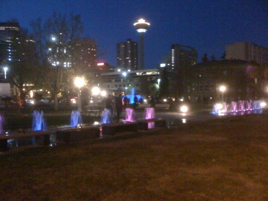Ok the new fountains in Memorial Park @ 4th st & 13th ave are pretty cool #yyc