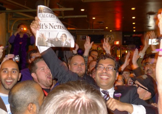 @Nenshi at @AmsterdamRhino with victorious @calgaryherald